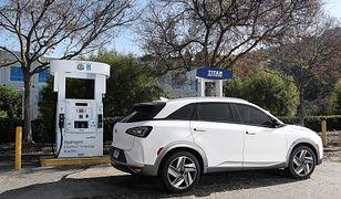 Hyundai Nexo to samochód zasilany silnikiem elektrycznym, który ma zasięg 800 km. Jest tylko jeden szkopuł.
