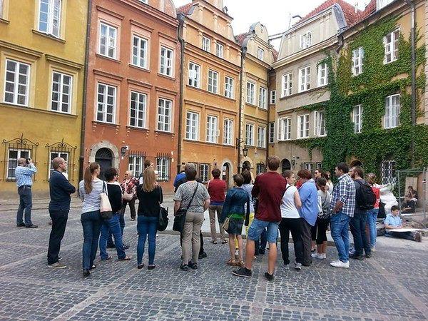 Tajemnicze historie miasta - poznaj największe skarby Warszawy