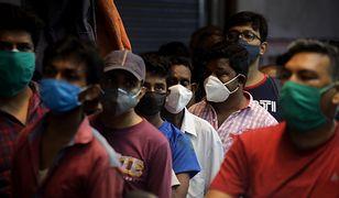 Koronawirus w Indiach. Przerażające dane epidemiczne, ponad 4 tysiące zgonów dziennie