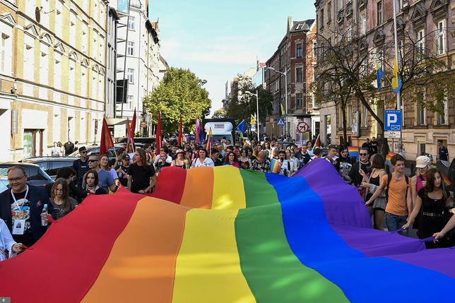 Uchwały dot. LGBT. Polski rząd odpowiada Komisji Europejskiej