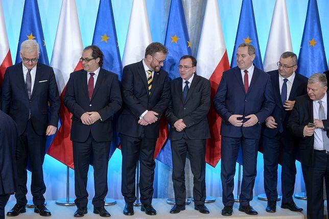 Kaczyński i Morawiecki wiedzą, co robią. Polacy zadowoleni