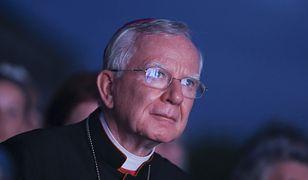 """""""Tęczowa zaraza"""". Arcybiskup Marek Jędraszewski ma wsparcie prymasa Czech"""