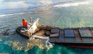 Wyciek ropy u wybrzeży Mauritiusa. Japoński statek rozpadł się na dwie części