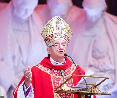 Ks. Prusak: Biskup Głódź lubi przepych, ale pewne granice zostały przekroczone