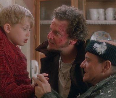 """""""Kevin sam w domu"""" to kultowa produkcja świąteczna."""