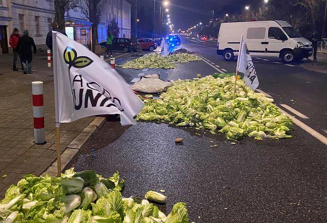 Protest rolników w Warszawie. W nocy byli przed domem Kaczyńskiego