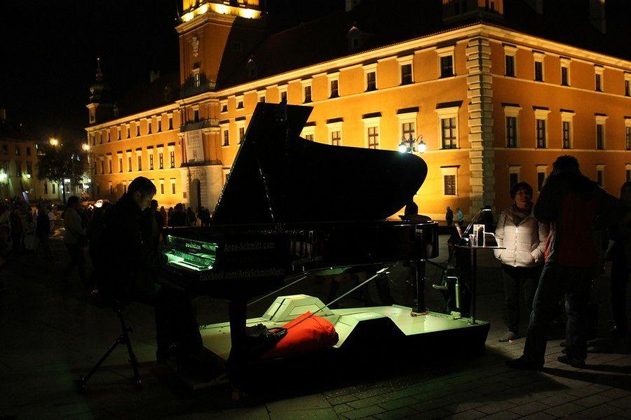 British Airways poleca w Warszawie: Pawilony Nowy Świat, Hala Mirowska i Muzeum Neonów