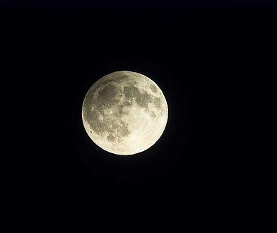 W piątek 13-tego na niebie pojawi się Księżyc Żniwiarzy