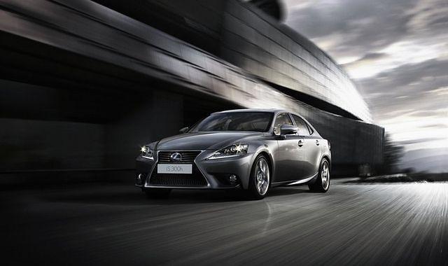 Lexus IS 300h liderem efektywności energetycznej