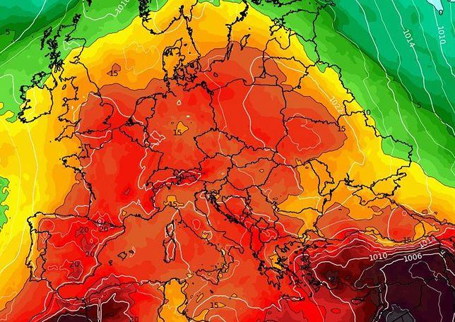 Pogoda. Żar z południa dotrze nad Bałtyk. Nie na długo (wxcharts.com)