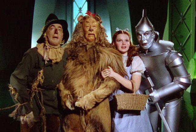 """Kadr z filmu """"Czarnoksiężnik z Oz"""""""