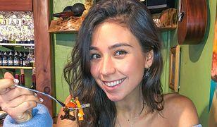 Yovana Mendoza ma 28 lat
