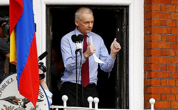 Julian Assange wygłosił oświadczenie
