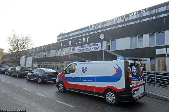 Koronawirus w Polsce. Warszawa. Lekarze szpitala na Banacha chcą pozwać zakażonego i placówkę