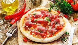 Dietetyczna pizza może być doskonałą alternatywą dla popularnych fast foodów.