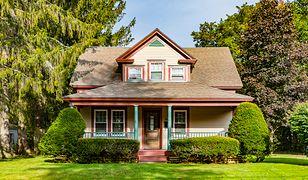 Dom 150 m2 jest odpowiednią opcją dla rodziny z dziećmi.