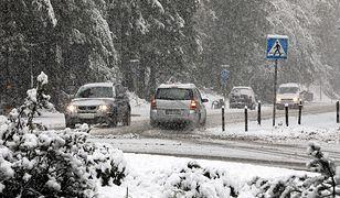 Zakopane. Pierwszy śnieg pod Tatrami. Biały poranek w zimowej stolicy Polski