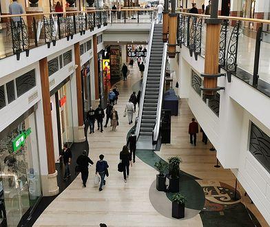 Niedziele handlowe lipiec 2020. Sklepy otwarte 5 lipca. Czy to niedziela handlowa?