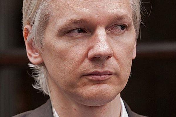 Atak w sieci. To odwet za Assange'a?