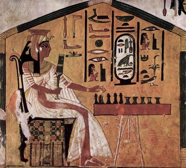 """Weekend w Starożytnym Egipcie: """"Zagrajmy w seneta"""""""