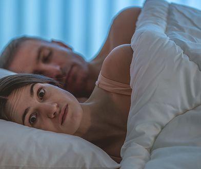 Mąż pozwał żonę za zdradzenie jego sekretu. Napisała w sieci o jego mikropenisie