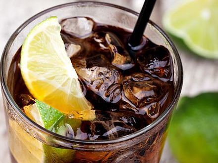 Napoje gazowane skracają życie kobiety?