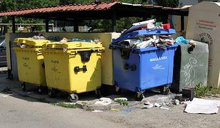 Warszawa. Właściciele biurowców i hoteli mają zadbać o wywóz swoich śmieci