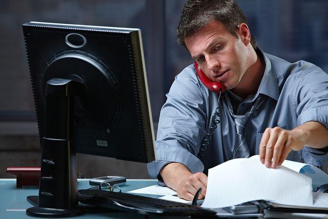 Praca ponad miarę korzystna dla mężczyzn