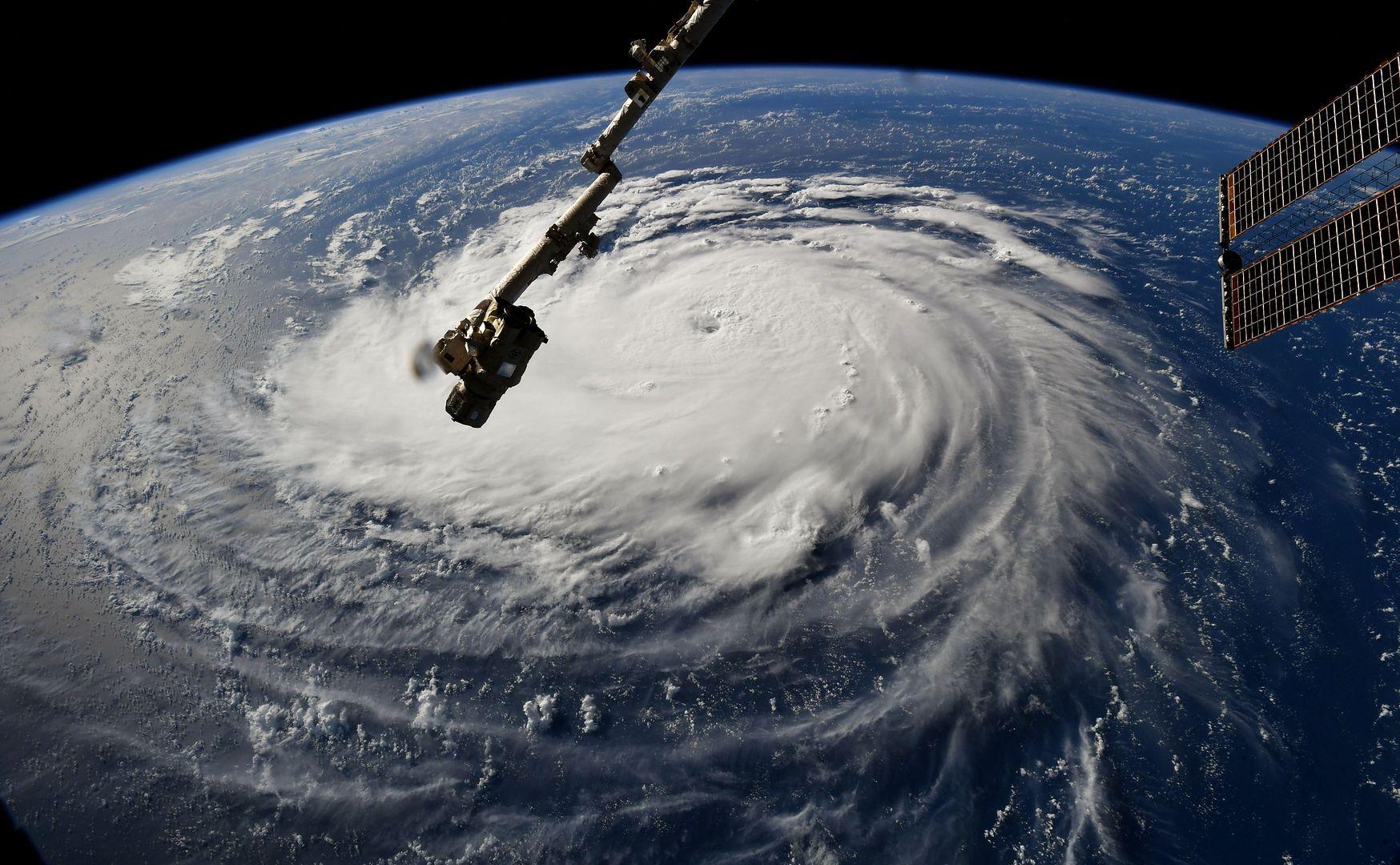Huragan Florence widziany z kosmosu. SatRevolution też chce dostarczać zdjęcia z orbity