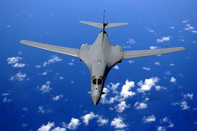 B-1B Lancer miał niższą prędkość maksymalną od B-1A, ale szybciej latał na niskich pułapach