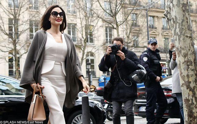 Angelina Jolie spotkała się w Pałacu Elizejskim z Brigitte Macron.