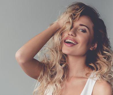Nawilżenie włosów sprawi, że będą mocne i lśniące