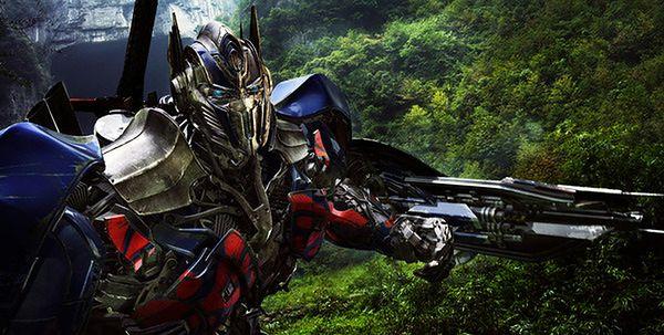 Pięciu scenarzystów dla Transformersów