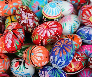 Wielkanoc 2019: zabawne i tradycyjne życzenia z okazji Świąt Wielkanocnych. Skorzystaj z naszych propozycji życzeń i wyślij je bliskim