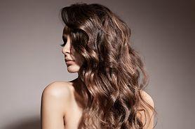 Sombre hair - cena, pielęgnacja, stylizacja, sombre na ciemnych włosach