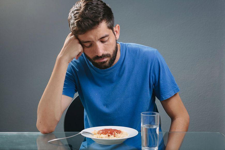 Brak apetytu może sugerować problemy z wątrobą