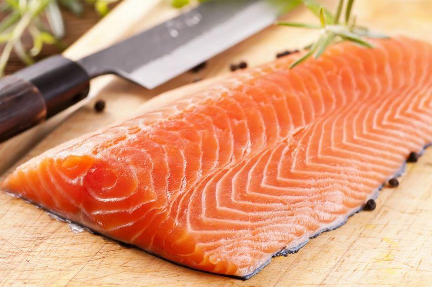 Łosoś to źródło kwasów omega-3