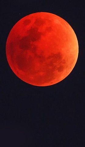 Już w ten weekend krwawy księżyc na polskim niebie