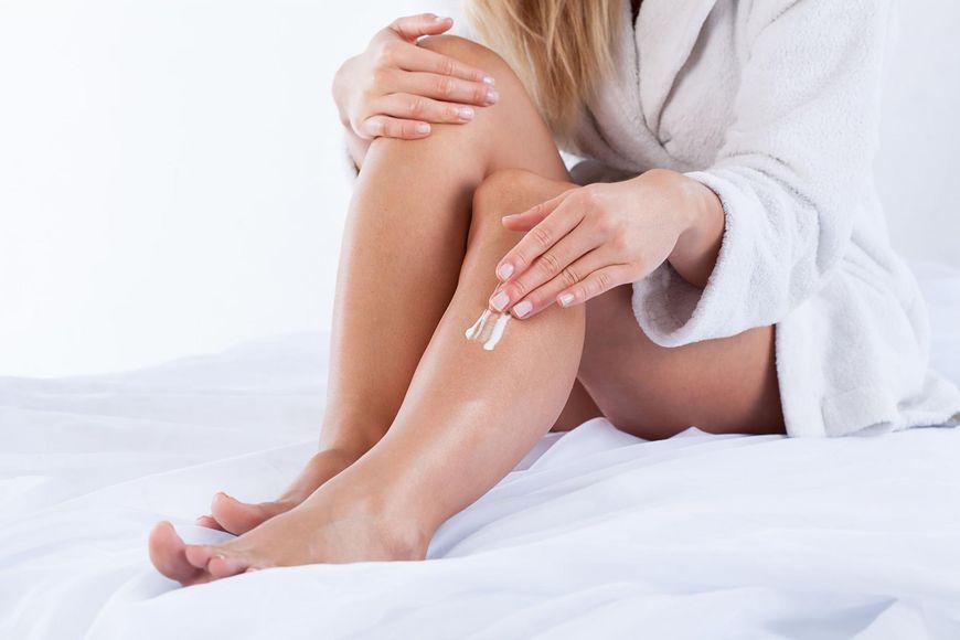 Aplikuj na skórę kosmetyki nie później niż 5 minut po kąpieli