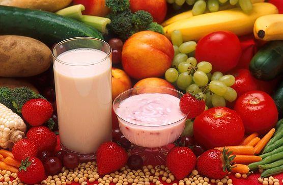 Czy jedzenie pomoże na zgagę? Poznaj różne domowe sposoby na zgagę w ciąży i pozbądź się skutecznie tej przykrej dolegliwości