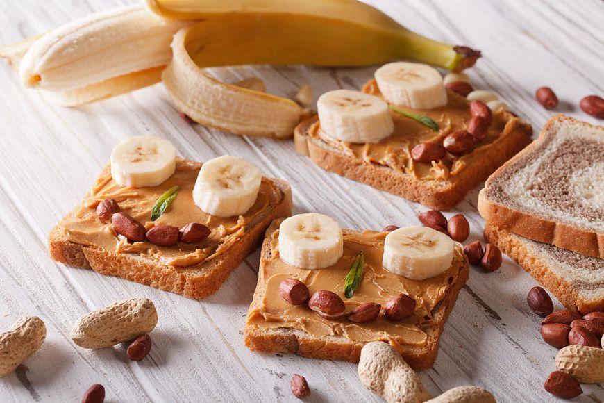 Masło orzechowe i banany