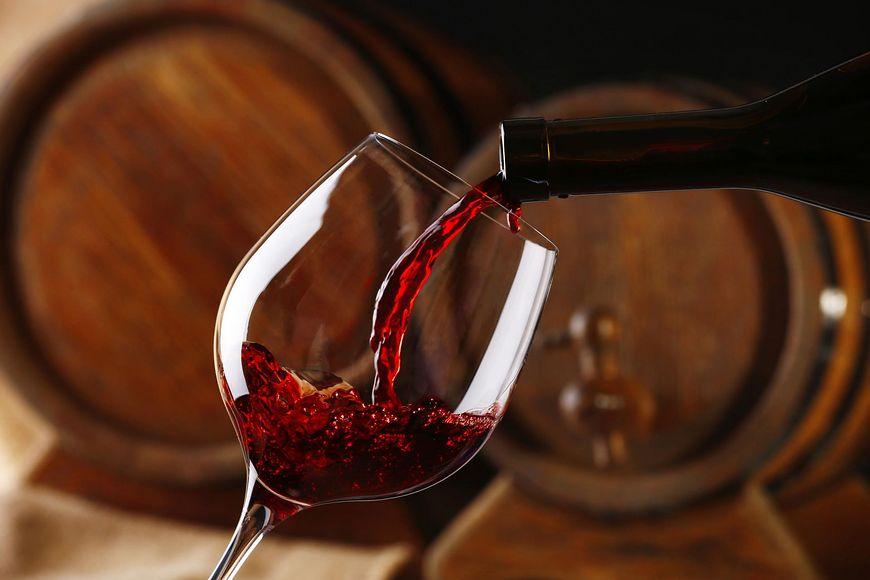 Zalety picia czerwonego wina