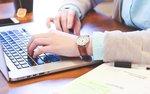 Większe oferty firmowe już tylko w internecie. Koniec ery dominacji papieru