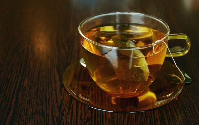 Herbata pita w temperaturze powyżej 60 st. Celsjusza może być niebezpieczna dla zdrowia.