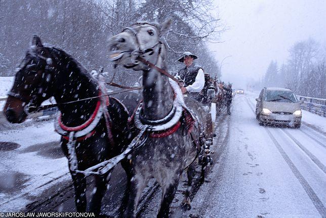 Pełnia zimy w Tatrach. Mnóstwo śniegu i zagrożenie lawinowe