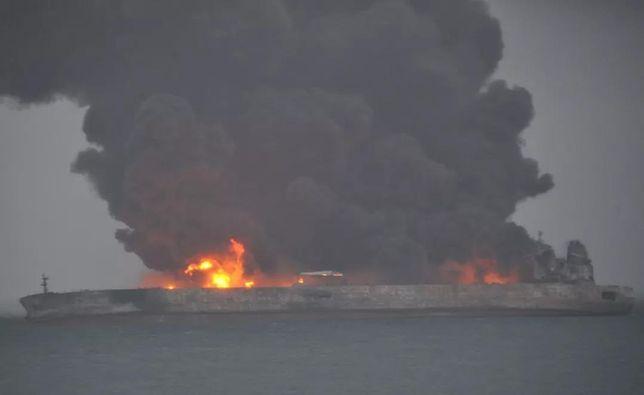 Katastrofa na morzu. Wielu zaginionych po zderzeniu statków