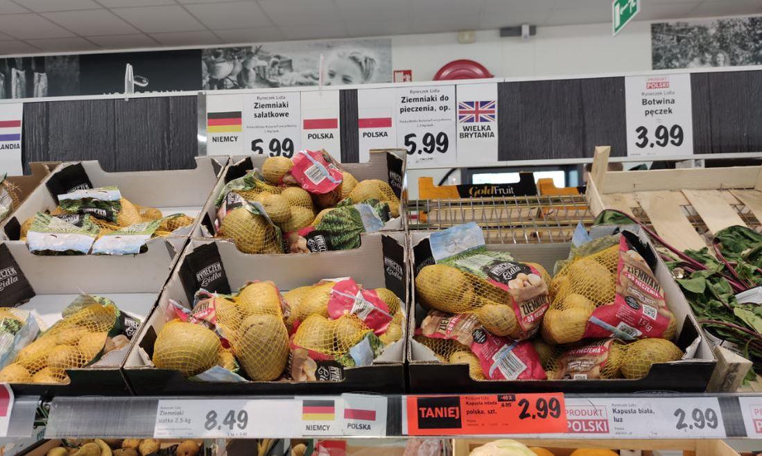 """Niemieckie ziemniaki w polskich sklepach. """"Są gorsze w smaku niż nasze, ale sieci są nieubłagane"""""""