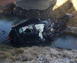 Auto wpadło do potoku, kierowca nie żyje. Koszmarny wypadek pod Tarnowem