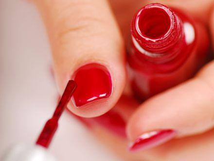 Nowatorski manicure hybrydowy
