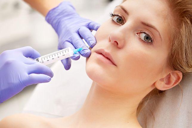 Botoks to bezbolesny zabieg, który wygładza zmarszczki